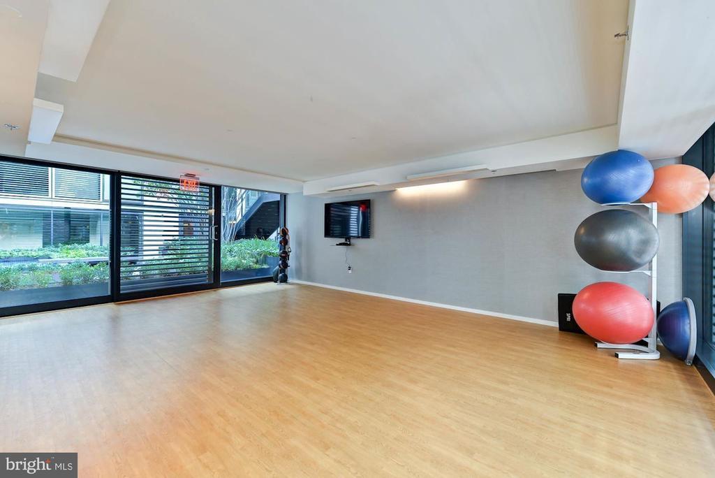 Yoga / fitness studio - 920 I ST NW #715, WASHINGTON
