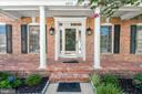 Welcoming classic front entrance - 6033 SUMNER RD, ALEXANDRIA