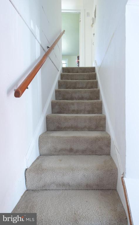 Stairs - 6102 DAVIS BLVD, SUITLAND