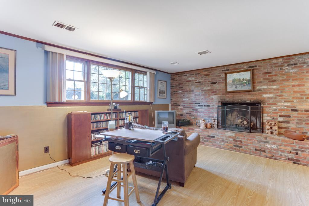 Lower Level Rec Room with Raised Hearth Brick FP - 805 GOLDEN ARROW ST, GREAT FALLS