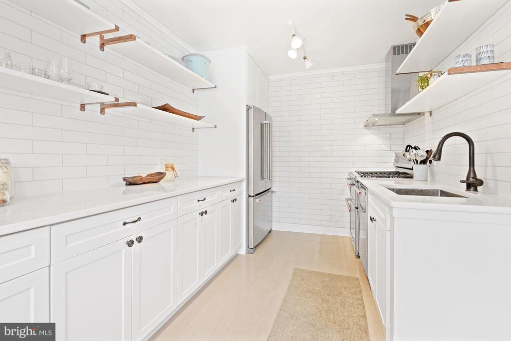 Kitchen was Gutted & Completely Renovated! - 1931 WILSON LN #102, MCLEAN