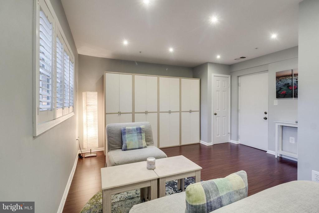 Basement/lower level bedroom. - 624-A N TAZEWELL ST, ARLINGTON