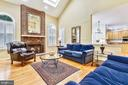 Family room is open to kitchen and library - 20405 EPWORTH CT, GAITHERSBURG