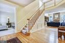 Two-story foyer - 20405 EPWORTH CT, GAITHERSBURG