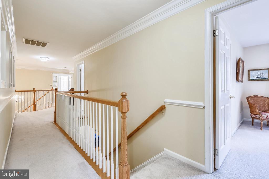 Upper level hallway has back stairs to kitchen - 20405 EPWORTH CT, GAITHERSBURG