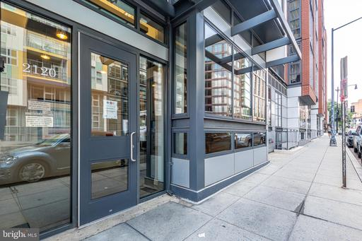 2120 VERMONT AVE NW #202