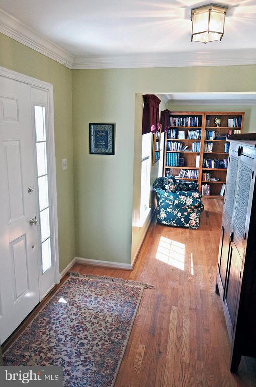 Foyer and Living Room - 2314 COLTS BROOK DR, RESTON