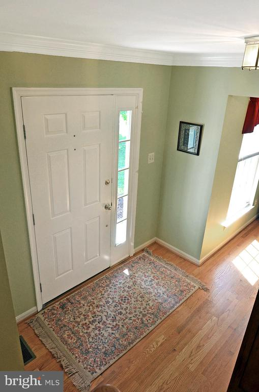 Welcoming Foyer - 2314 COLTS BROOK DR, RESTON