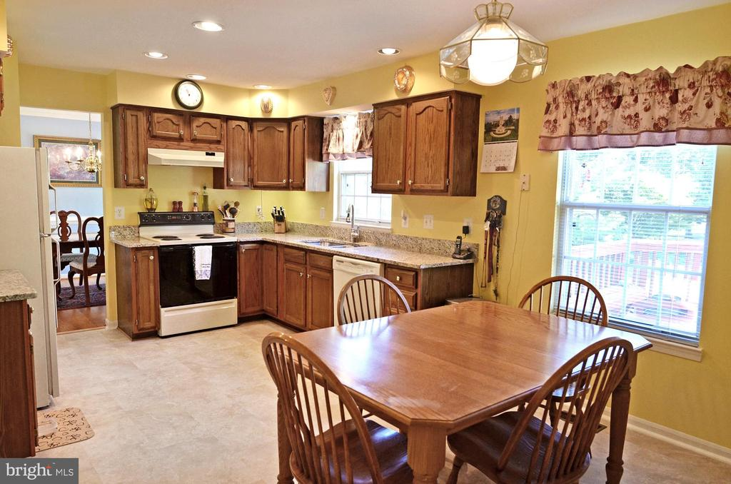 Breakfast Area - 2314 COLTS BROOK DR, RESTON