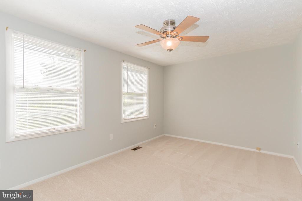 Master bedroom - 8203 WHITE STONE LN, SPRINGFIELD
