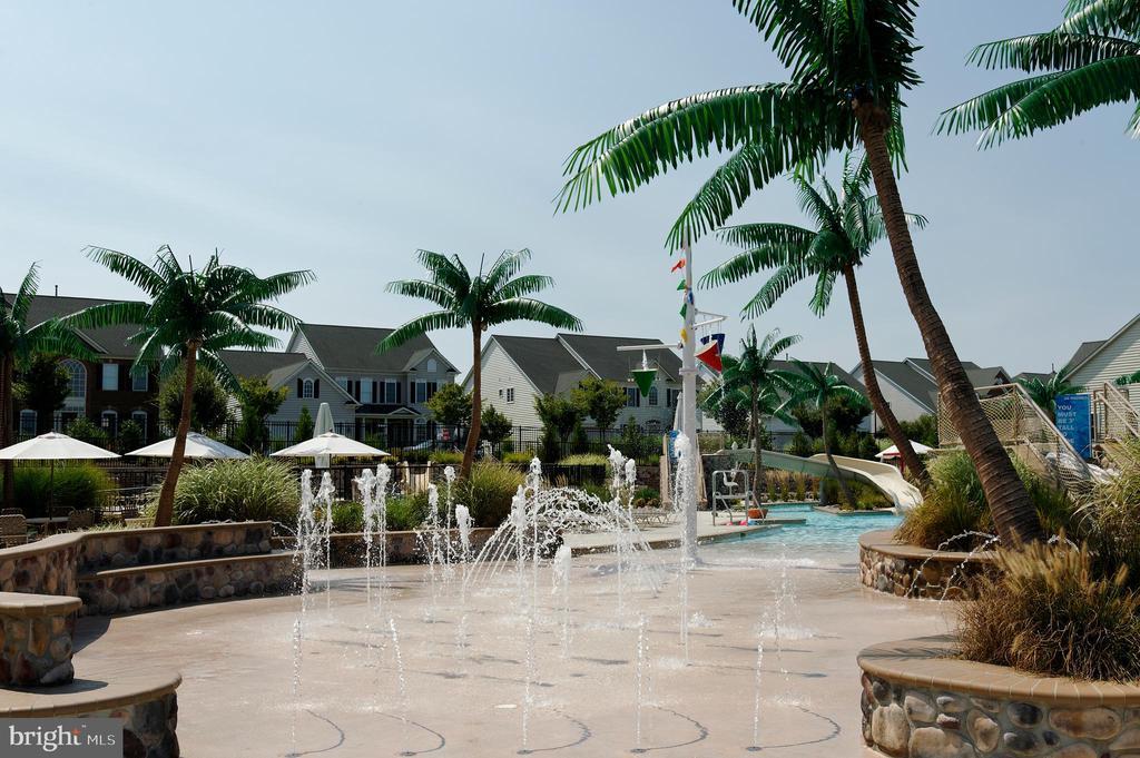 Enjoy the resort-style community pool & clubhouse! - 9509 TOTTENHAM CIR, FREDERICK