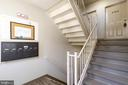 Building Entry and Walk-up to 2762 - 2762 MARSALA CT, WOODBRIDGE