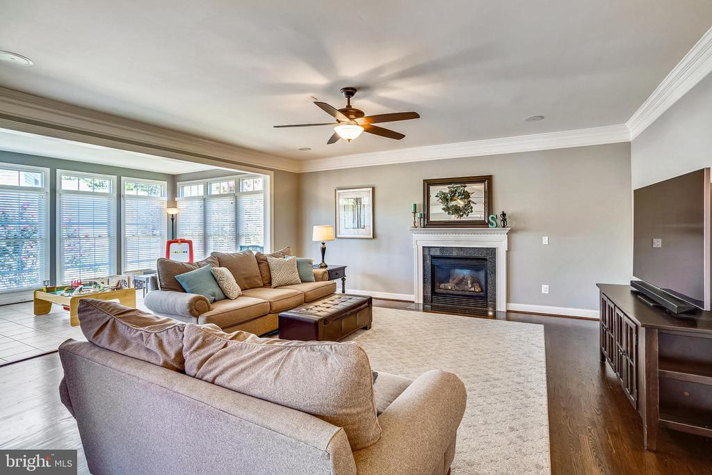 FAMILY ROOM TO SUN ROOM - 6444 ROCK HOLLOW LN, CLIFTON