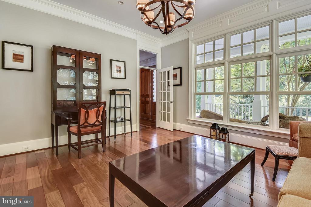 Living Room/Den/Office - 6811 CLIFTON RD, CLIFTON