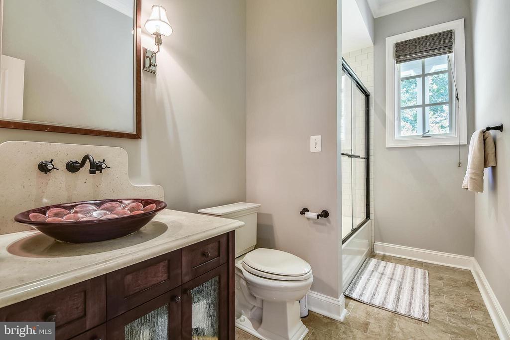 Main-Level Full Bath - 6811 CLIFTON RD, CLIFTON