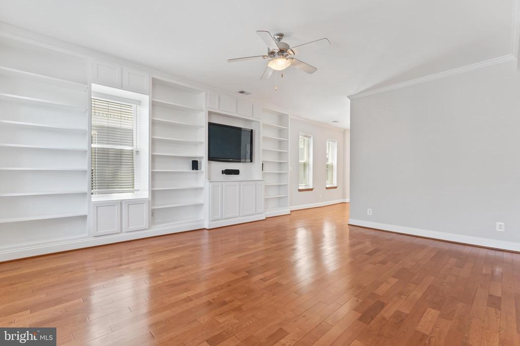 View of Built Ins, television & sound system - 3518 10TH ST NW #B, WASHINGTON