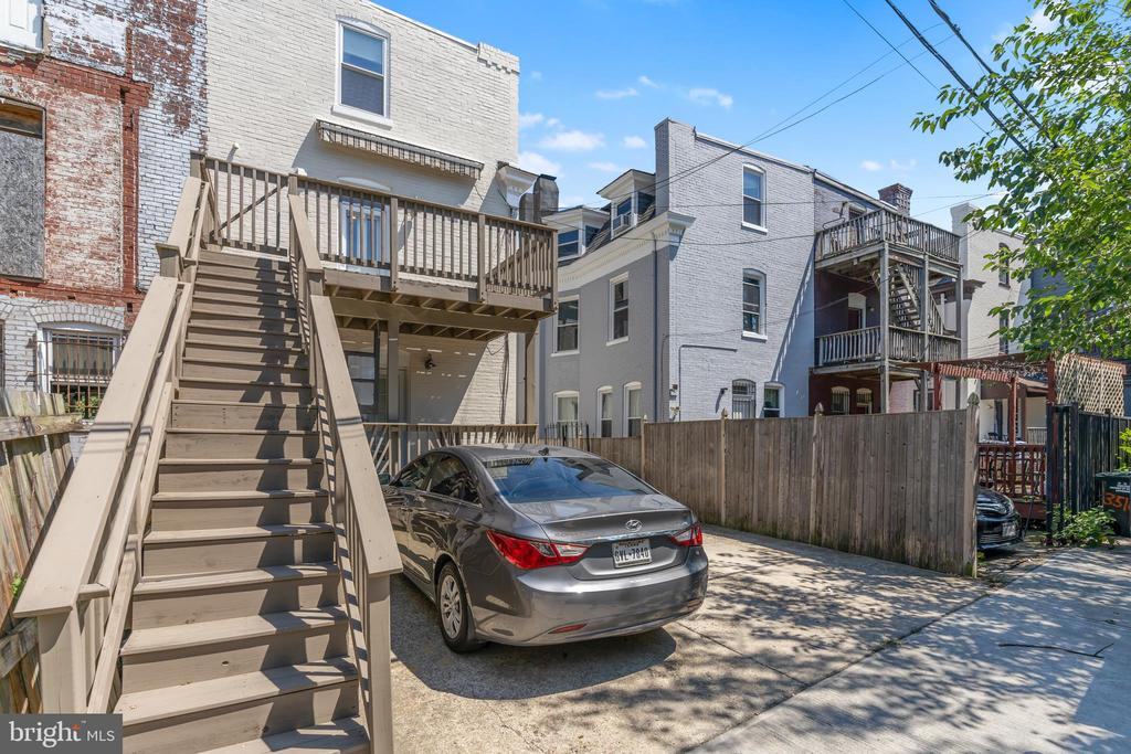 Parking & stairs to rear entrance of unit - 3518 10TH ST NW #B, WASHINGTON
