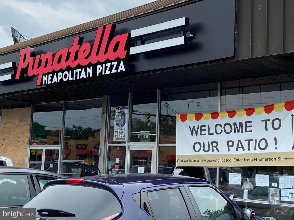 Local pizzaria -yum! - 848 N FREDERICK ST, ARLINGTON