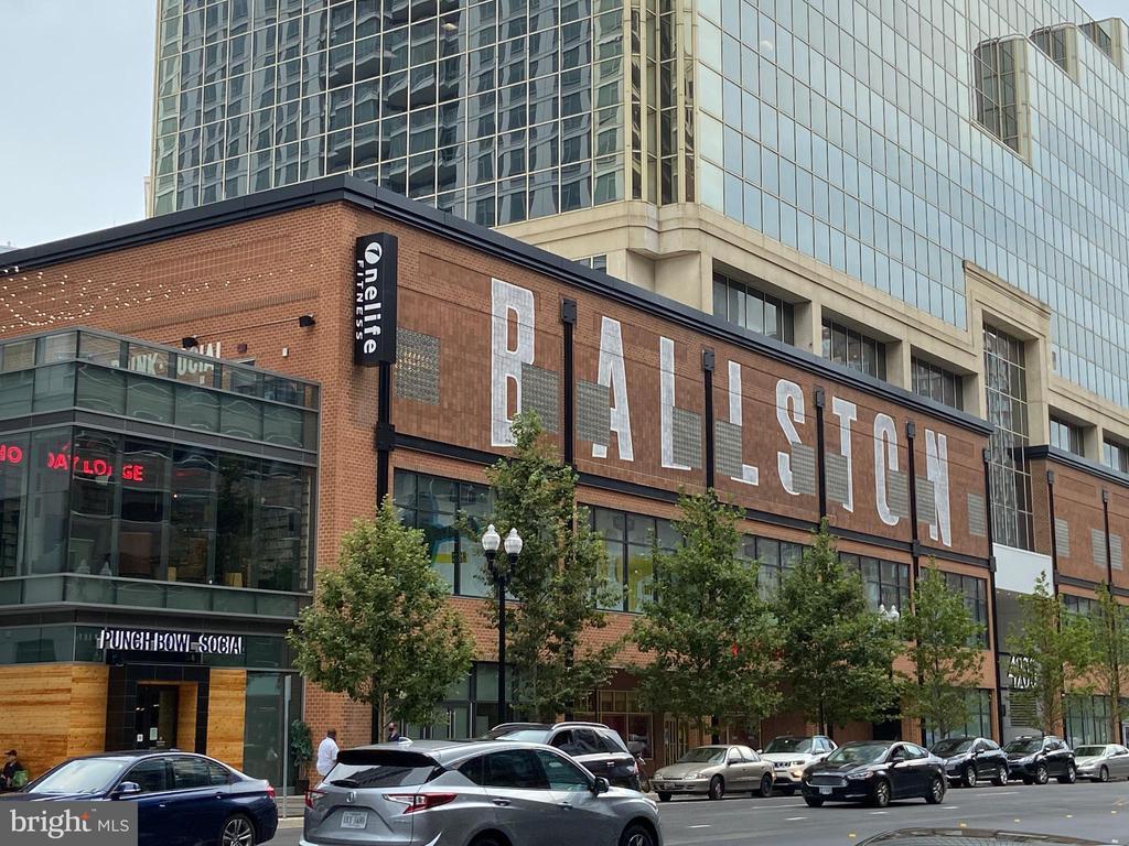 Ballston Quarter restaurants and more - 848 N FREDERICK ST, ARLINGTON