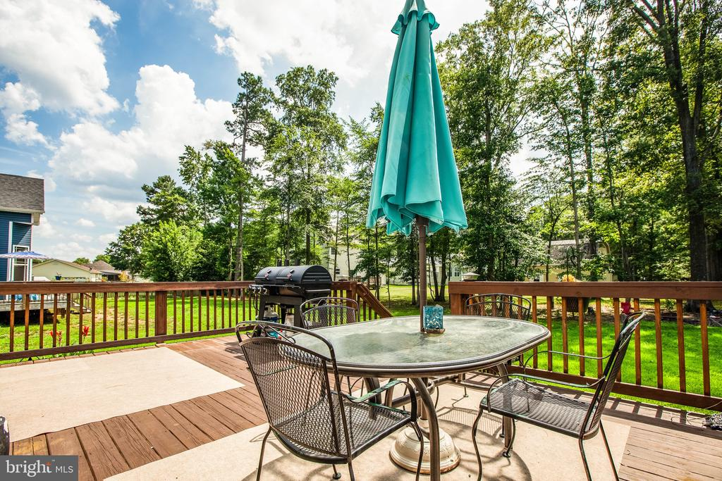 How about this deck! - 3110 RIVERVIEW DR, COLONIAL BEACH