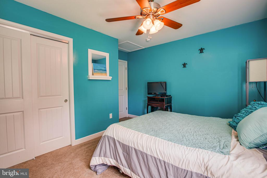 Bedroom 2 is perfect for guests - 3110 RIVERVIEW DR, COLONIAL BEACH