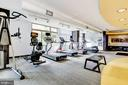Community gym - 3600 S GLEBE RD #823W, ARLINGTON