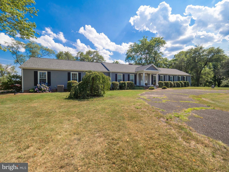Single Family Homes for Sale at Stevensburg, Virginia 22741 United States