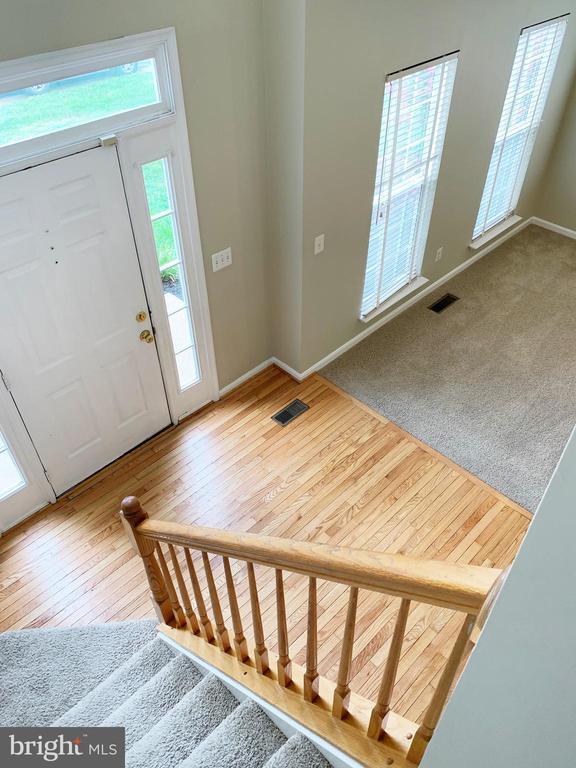 Upper level stairs - 43193 CARDSTON PL, LEESBURG