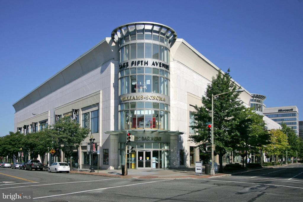 Mazza Galleria shops and cinemas 3 blocks away - 4401 GARRISON ST NW, WASHINGTON