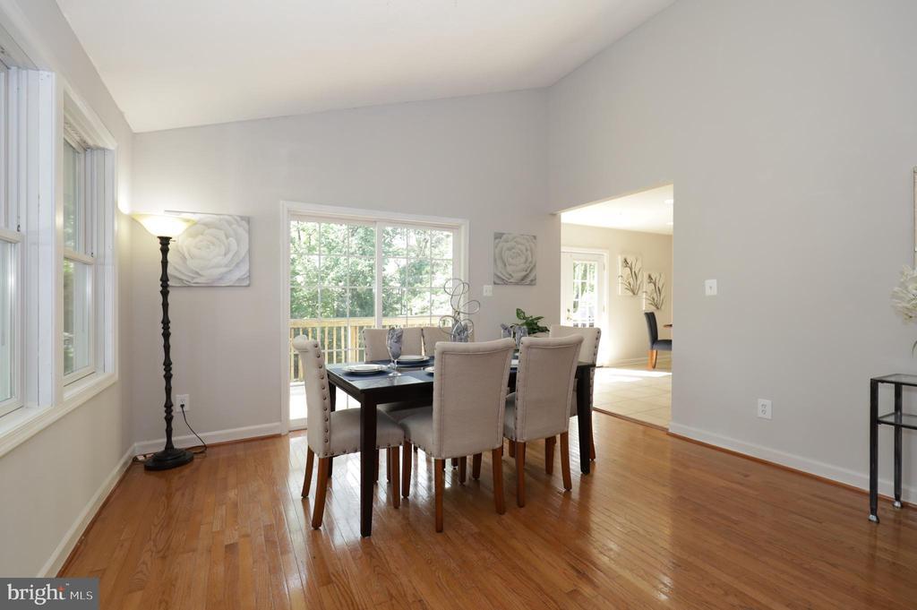 ML Dining Room - 4124 HUNT RD, FAIRFAX