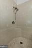 UL Master Bath Tiled Shower - 4124 HUNT RD, FAIRFAX