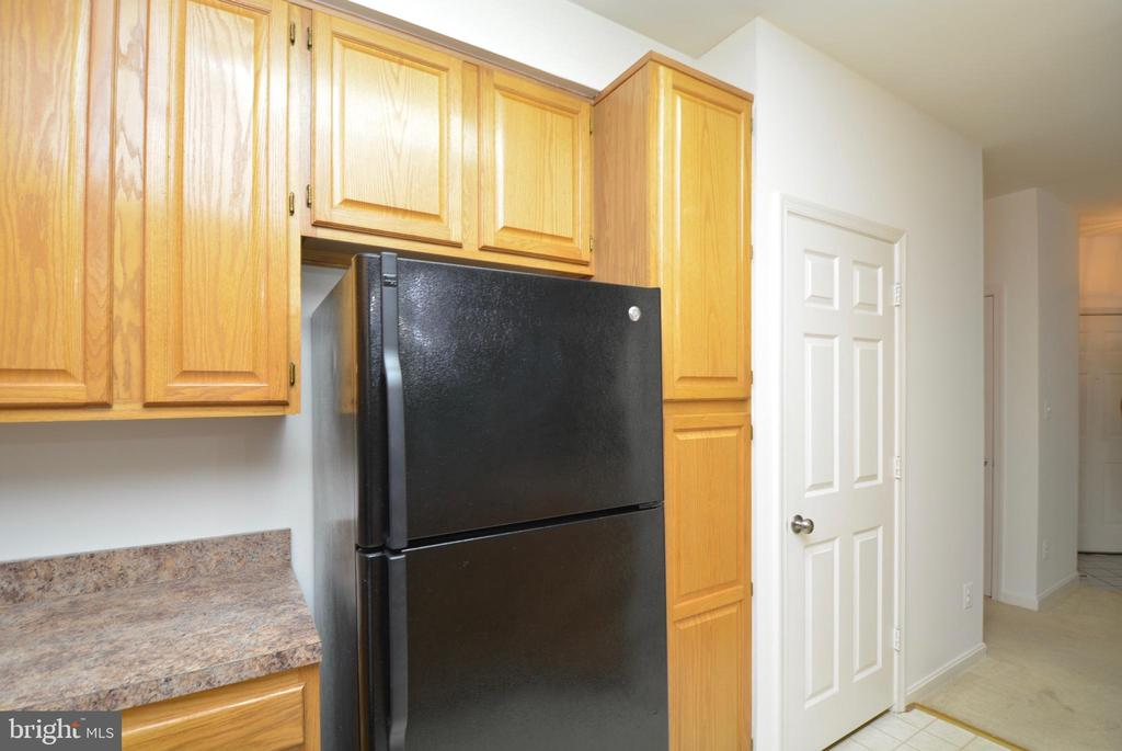 Still another view of the kitchen area. - 7004 ELLINGHAM CIR #45, ALEXANDRIA