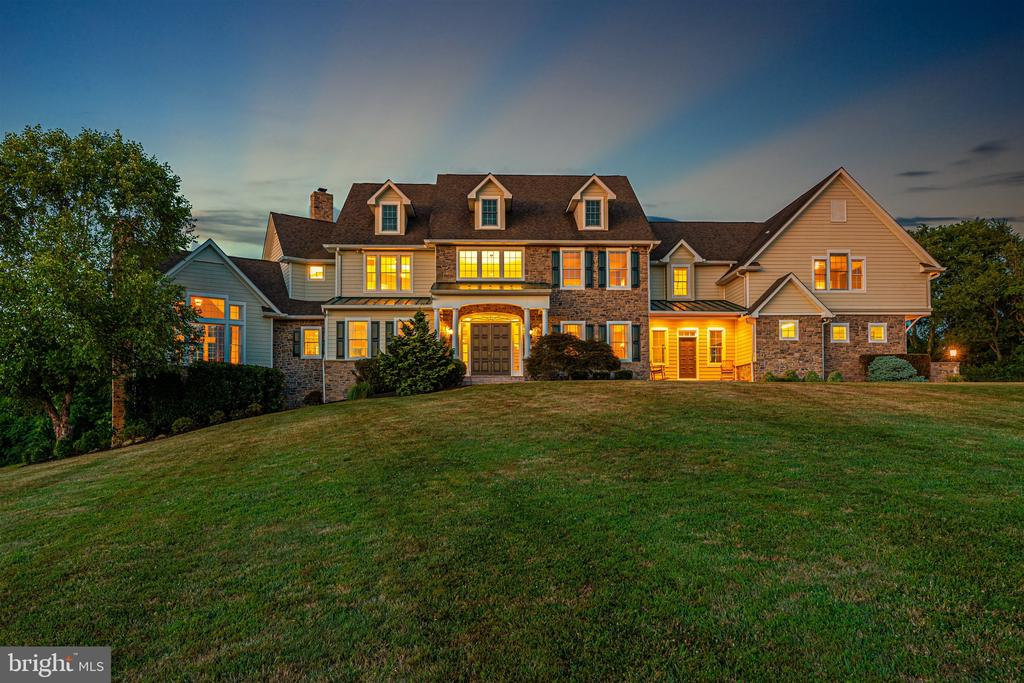 Beautiful sunsets on 34 acre lot - 12788 BARNETT DR, MOUNT AIRY