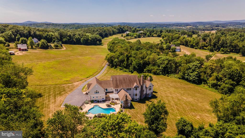 Aerial view showing private lot - 12788 BARNETT DR, MOUNT AIRY