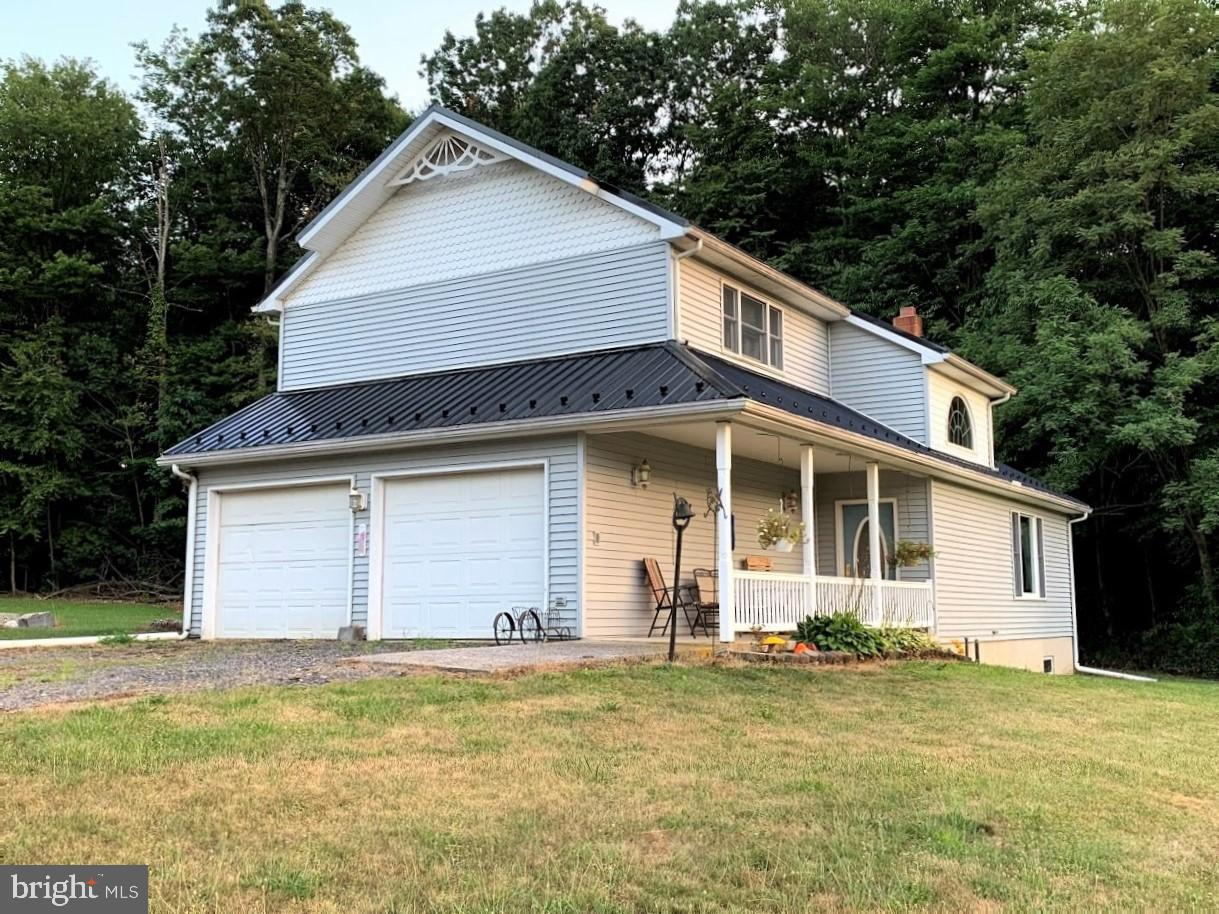 Single Family Homes for Sale at 3670 ARCH ROCK Road Mifflintown, Pennsylvania 17059 United States