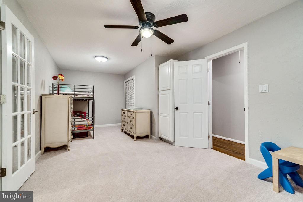 Bedroom 2 - 5708 GLENWOOD CT, ALEXANDRIA