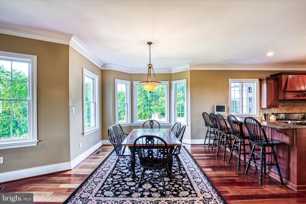 Breakfast room - 12788 BARNETT DR, MOUNT AIRY