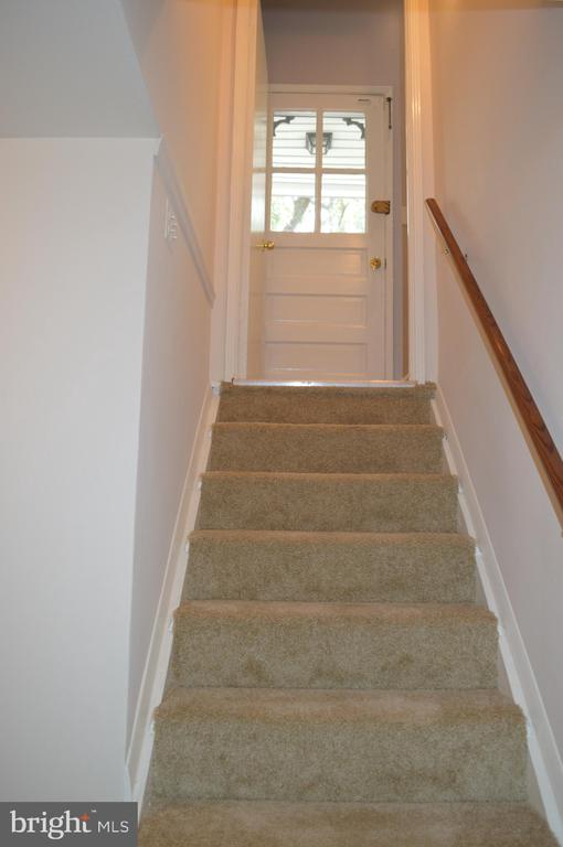 Stairwell looking up to main level - 4712 EDGEWOOD RD, COLLEGE PARK