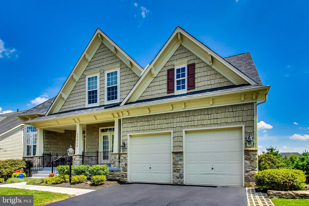 2 car garage and driveway - 13016 SAINT CLAIR RD, CLARKSBURG