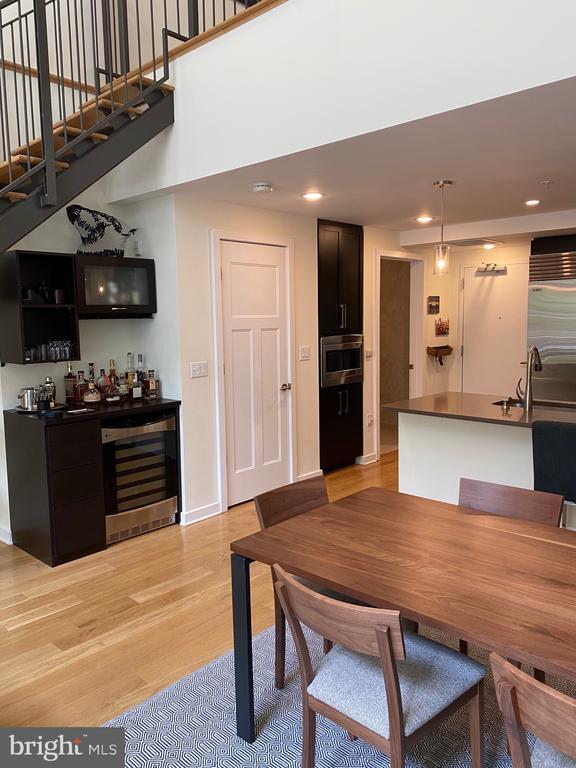 Wine fridge - 1700-D CLARENDON BLVD #141, ARLINGTON
