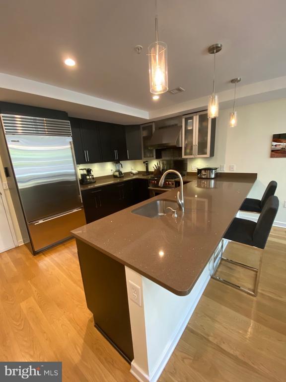 Kitchen - 1700-D CLARENDON BLVD #141, ARLINGTON