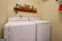 Laundry on Main Level,~hook up~available~in lower - 17559 DEAVERS CT, HAMILTON