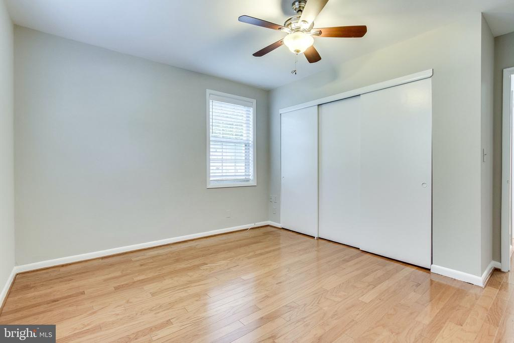 Tons of closet space with built in shelves - 2515-A S WALTER REED DR #A, ARLINGTON