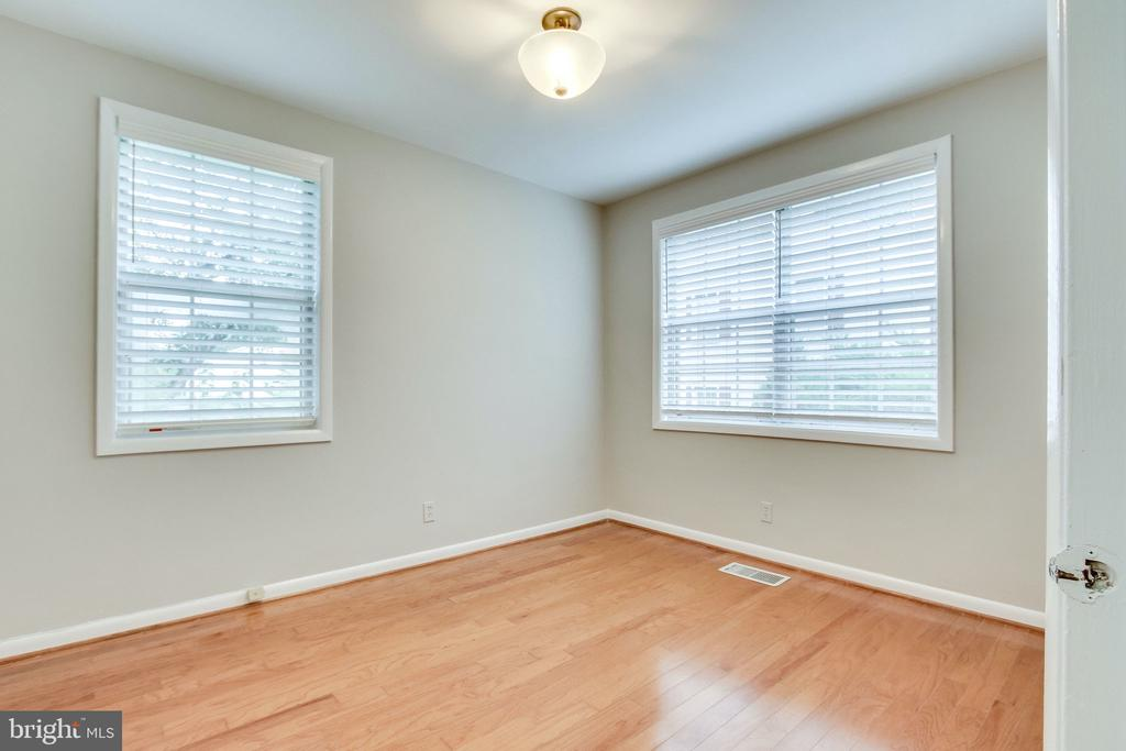2nd Bedroom - 2515-A S WALTER REED DR #A, ARLINGTON