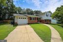 Welcome Home! - 6215 THOMAS DR, SPRINGFIELD
