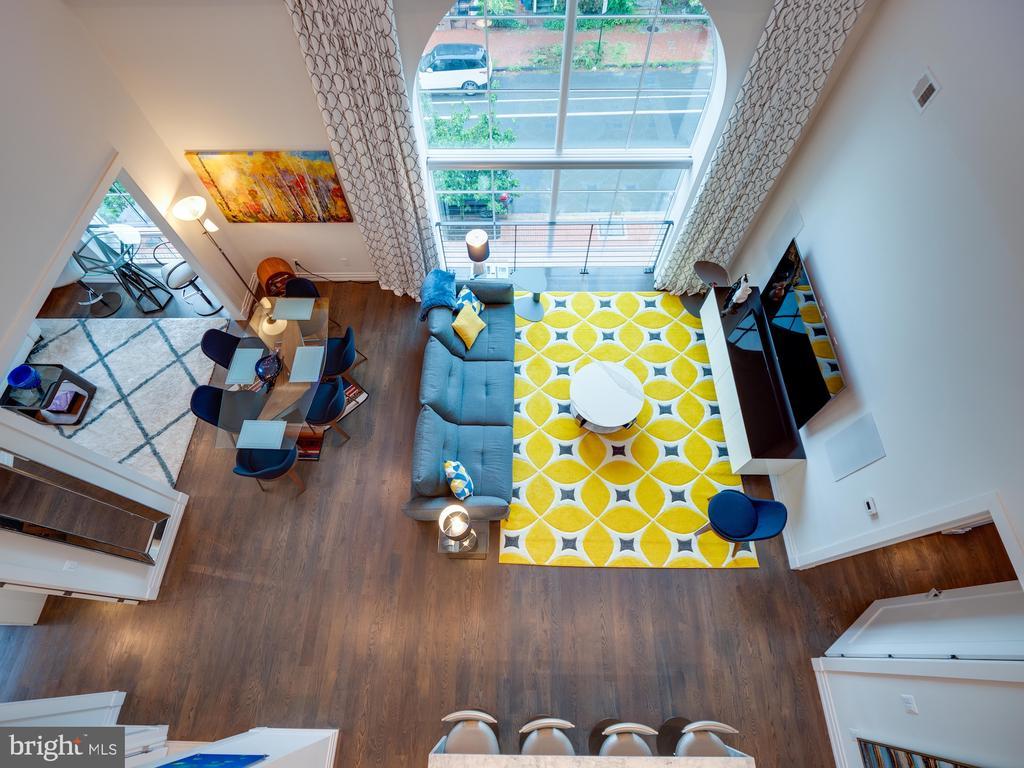 Living area from the loft - 514 4TH ST SE #301, WASHINGTON