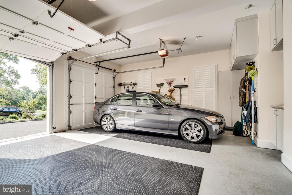 Two car garage with built-in storage - 3812 WASHINGTON WOODS DR, ALEXANDRIA