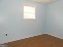 Bedroom #3 - Double Closet - Ceiling Fan/Light - 5334 DICKERSON RD, PARTLOW