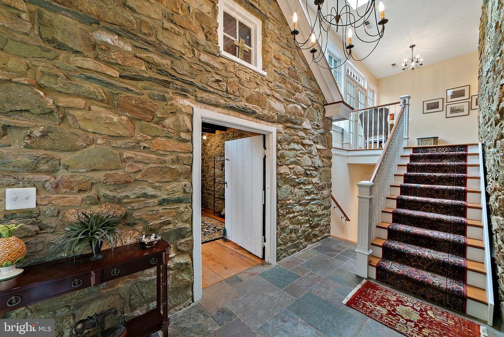 Stairs from back hall to office - 19200 ORCHARD MANOR LN, LEESBURG