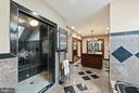 Master Walk In Shower - 19200 ORCHARD MANOR LN, LEESBURG
